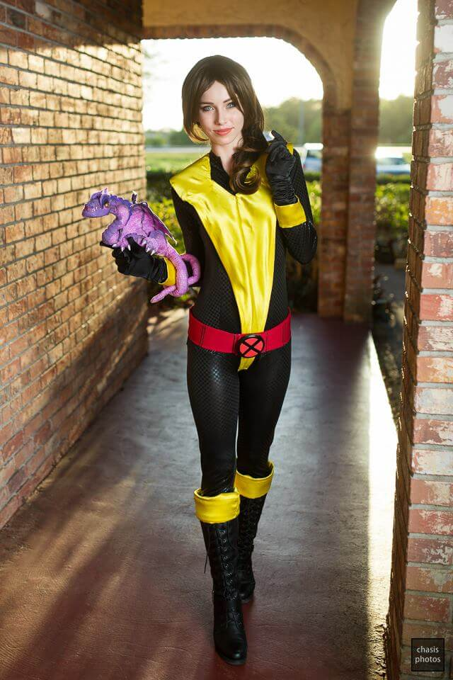 Kitty Pryde i Lockheed z Marvel Universe