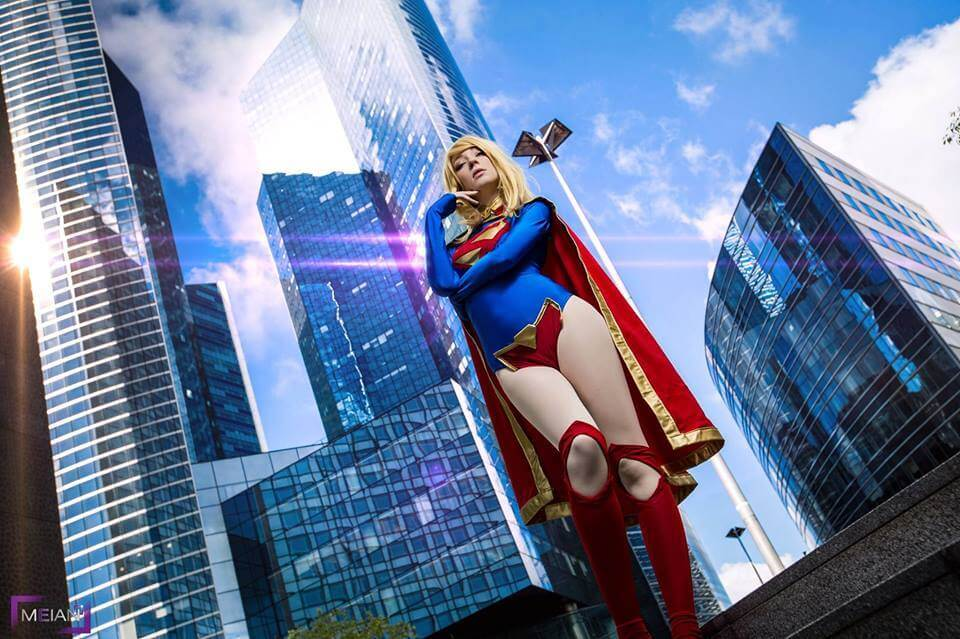 Supergirl z DC Universe - czas na cosplay!