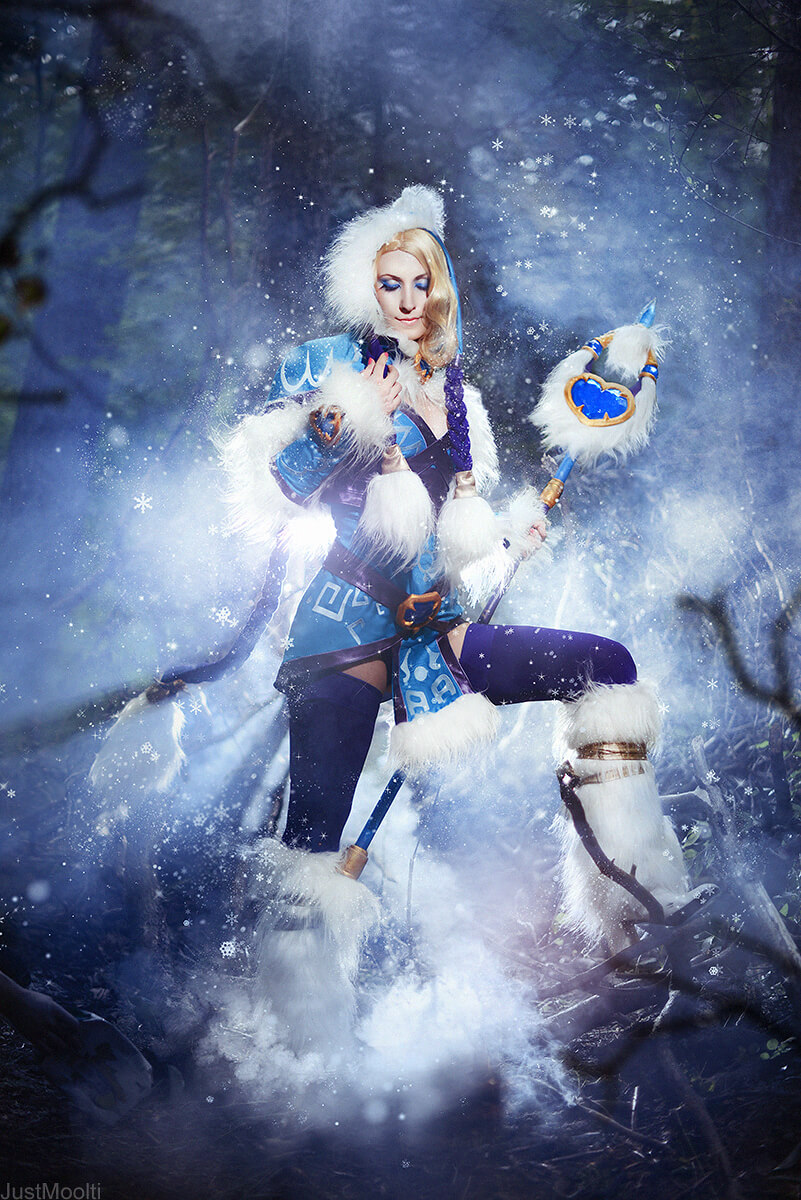 Rylai the Crystal Maiden z DOTA 2 - czas na cosplay!