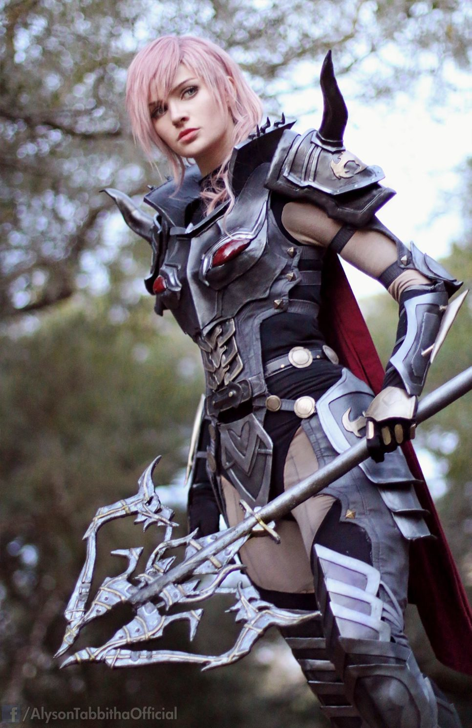 Dark Knight Lightning z Final Fantasy XIII
