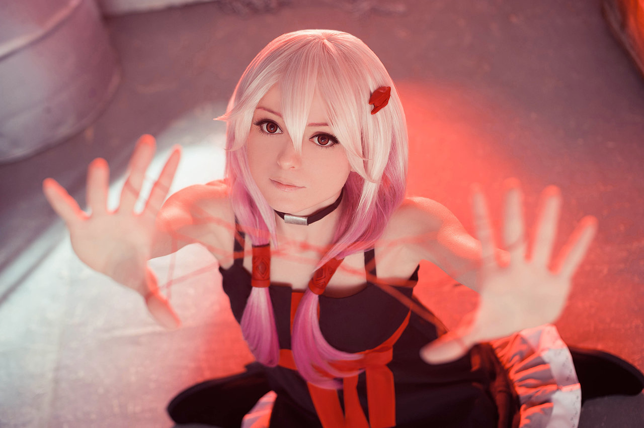 Inori Yuzuriha z Guilty Crown