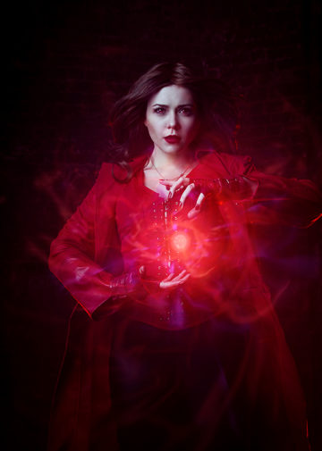 Scarlet Witch z The Avengers: Age of Ultron
