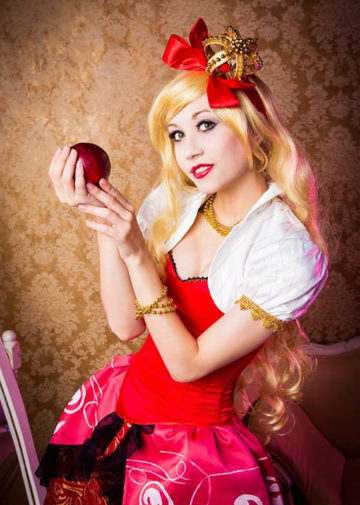 Apple White z Ever After High