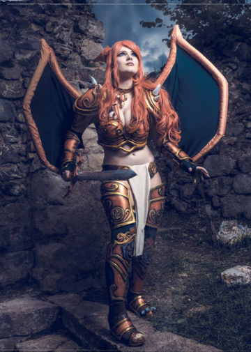 Lady Charizard z Pokemonów